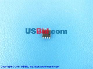 MC100EL1648D photos