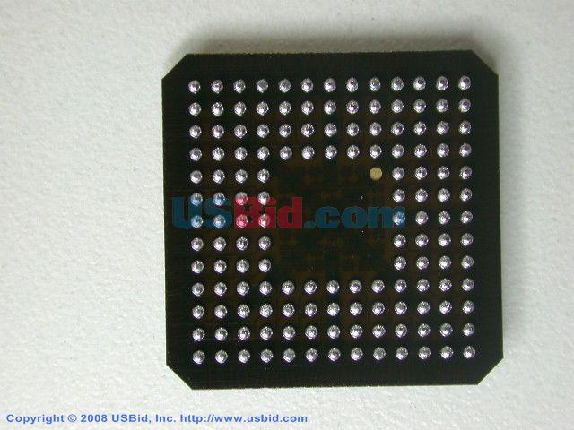 XCV200E-8CS144C photos