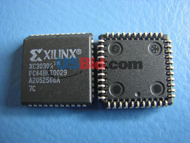 XC3030A-7PC44C photos
