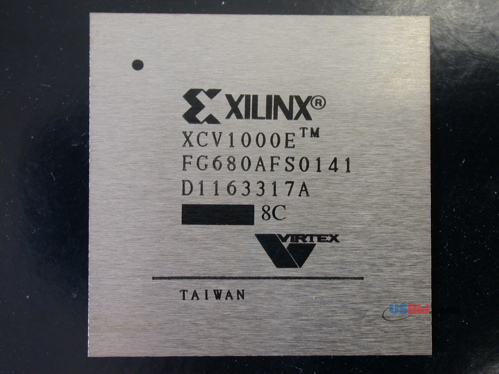 XCV1000E-8FG680C photos