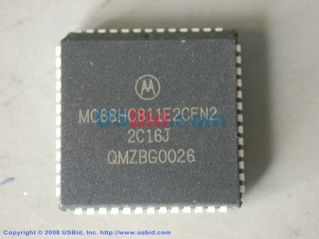 MC68HC811E2CFN2 photos