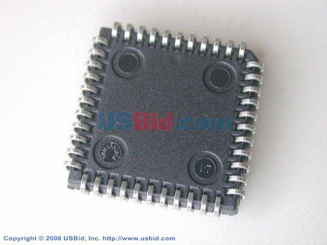 XCR3064XL-10PC44C photos