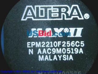 EPM2210F256C5 photos