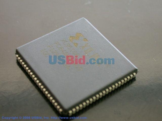 XC95108-10PC84C photos
