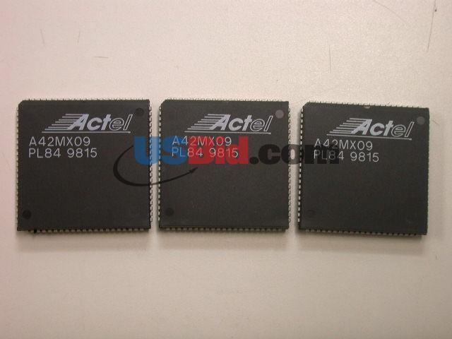 A42MX09-PL84 photos