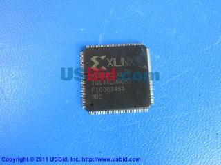 XCR3256XL-10TQ144C photos