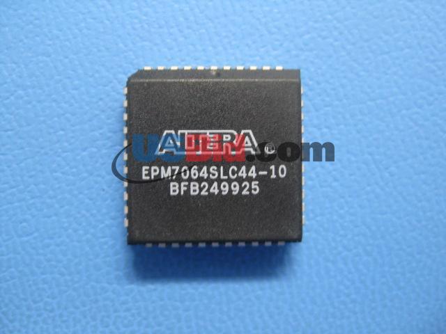 EPM7064SLC44-10 photos