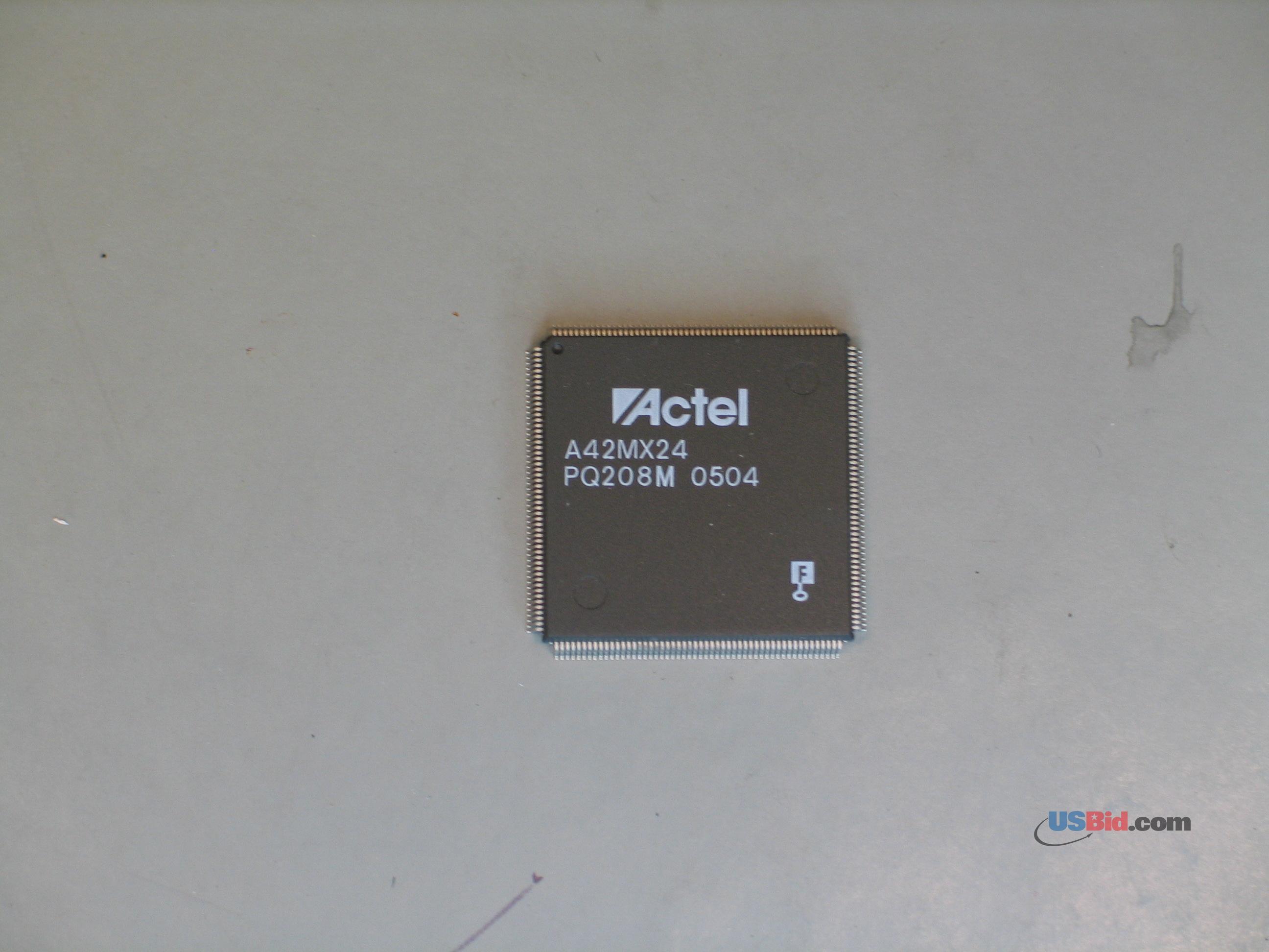 A42MX24-PQ208M photos
