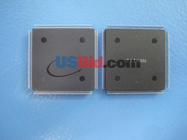XCS30XL-4PQ208I photos