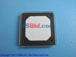 XCV400-4HQ240I photos