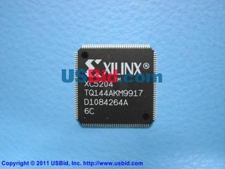 XC5204-6TQ144C