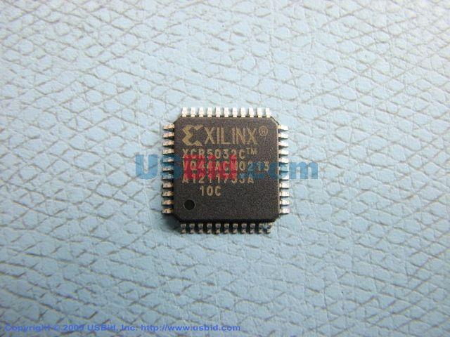 XCR5032-10VQ44C photos
