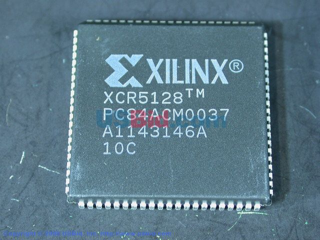 XCR5128-10PC84C photos
