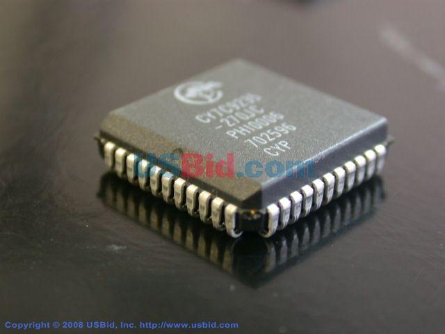 CY7C9235270JC