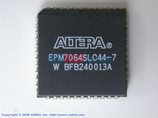 EPM7064SLC44-7 photos
